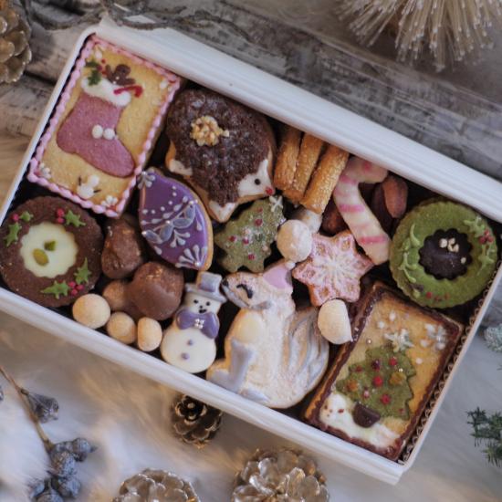 \クリスマスクッキー缶/